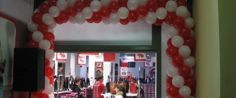 Оформлення кульками reklamin